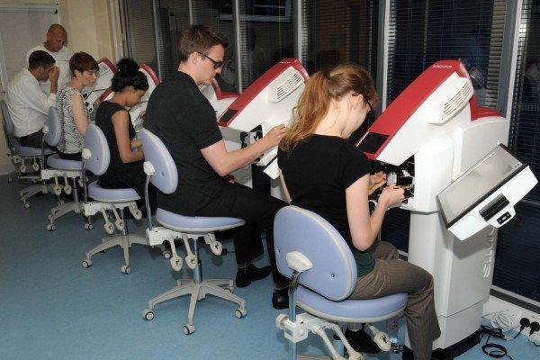 Стоматологов будут учить на симуляционных 3D-тренажерах